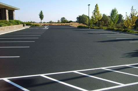 Asphalt Sealcoating, Crack Filling & Striping